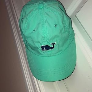 vineyard vines waterproof teal hat